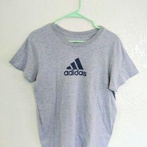 [ ADIDAS. Medium logo t shirt ]